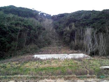 地震による土砂崩れ